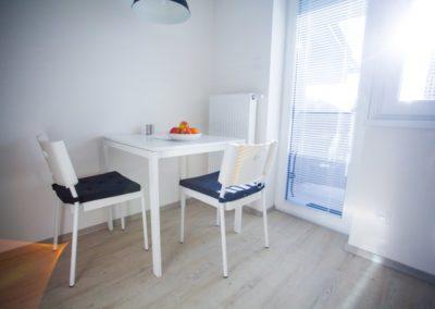Jídelní stůl v apartmánu Haasova 3NP